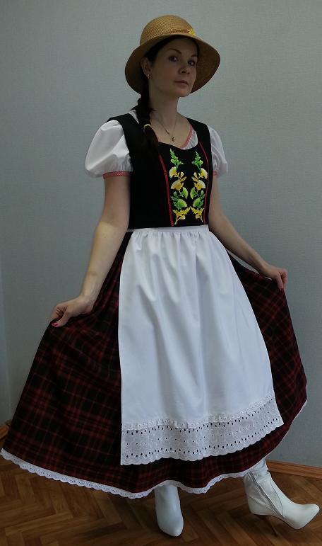 Женский немецкий костюм